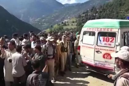 Взрыв на химзаводе в Индии унес жизни шести человек