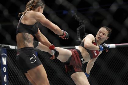 Китаянка нокаутировала соперницу за 42 секунды и попала в историю UFC