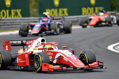 Гонку «Формулы-2» отменили после серьезной аварии