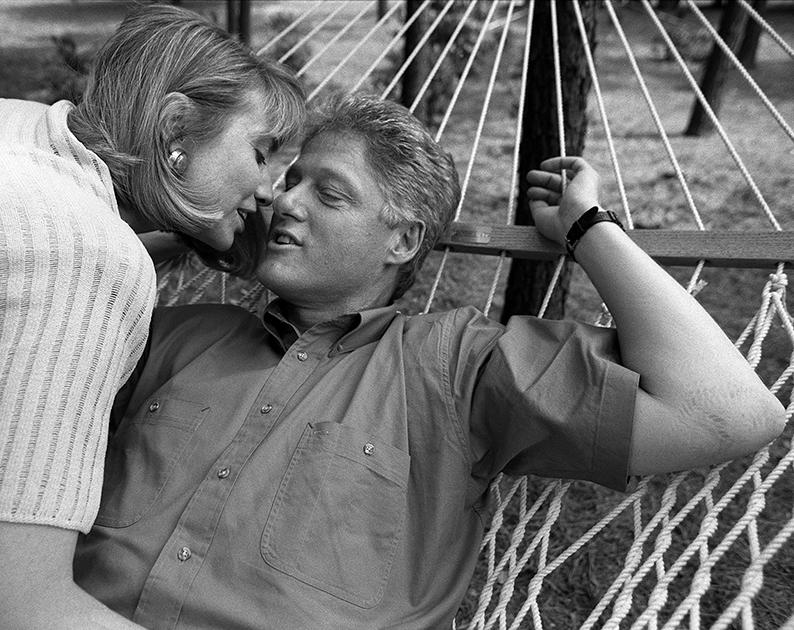 Супруги Клинтон. Губернаторский особняк в Литл-Рок (Арканзас), 1992 год