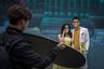 Транспорт необходим, чтобы добраться до мест, на фоне которых не стыдно сфотографироваться. Возле достопримечательностей в различных городах Китая всегда хватает пар, которые позируют свадебным фотографам.
