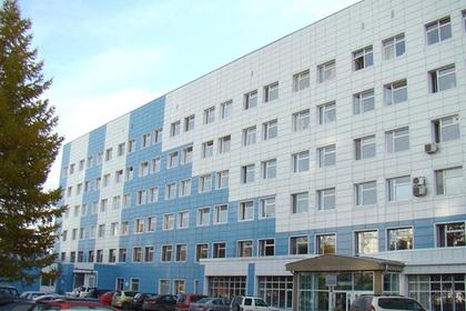 Десятилетней россиянке вырезали двухкилограммовую опухоль с зубами и волосами