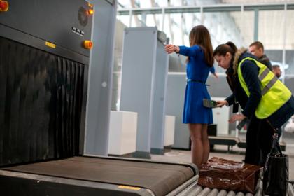 Минтранс задумал отменить досмотр россиян на транзитных рейсах по стране