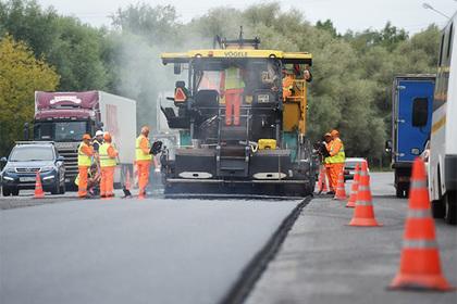 Министр объяснил цель строительства дорог по всей России