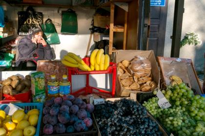 Украинские фрукты и овощи перестали пускать в Европу