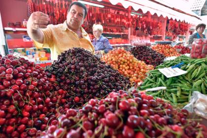 Украину назвали страной с самыми дешевыми фруктами
