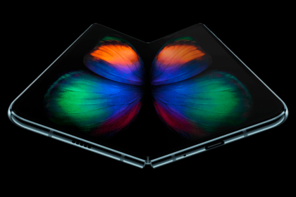 Samsung объявила дату начала продаж складного GalaxyFold