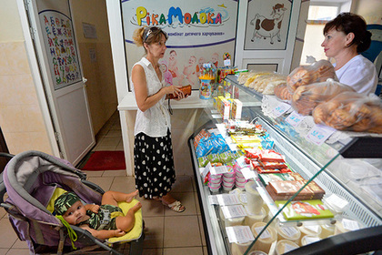 Украинцы отдали две трети доходов на еду и коммуналку