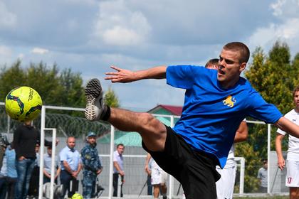 Кокорина и Мамаева захотели вернуть в футбол в обход регламента