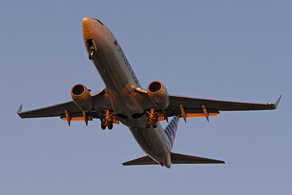 Бедный механик поломал самолет ради денег