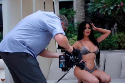 Девушка потратила 500 тысяч долларов на внешность Кардашьян и испортила лицо