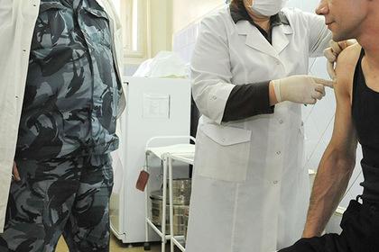 Заключенные российской колонии порезали себе руки в знак протеста