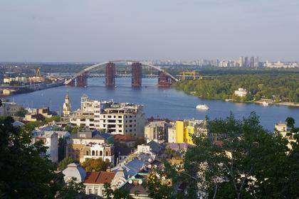 Россияне вновь полюбили Украину