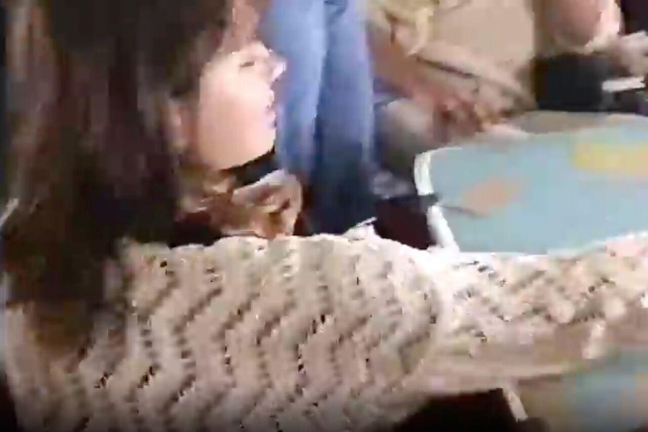 видео раздевания играть на карты