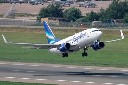 Российский самолет пошел на посадку из-за треснувшего окна в кабине пилотов