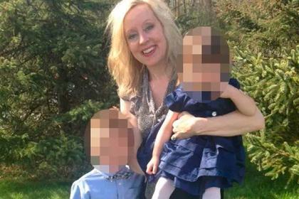 Женщина родила ребенка другой расы после похода к врачу и пошла в суд