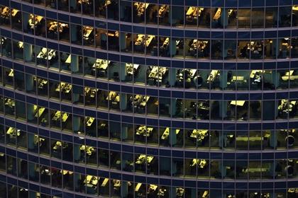 Отмену восьмичасового рабочего дня правительством признали невозможной