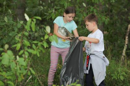 Российские дети посоревновались в уборке мусора на скорость