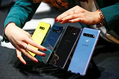 Названы главные новые смартфоны года