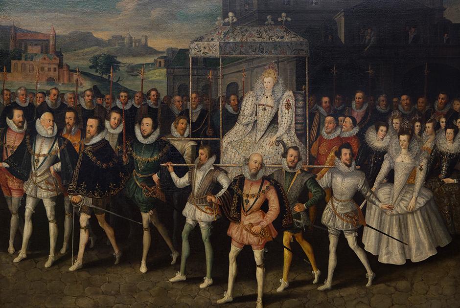 Во время церемониальных процессий Елизавета использовала не кареты, а паланкин, что позволяло пешим придворным не отставать от правительницы.