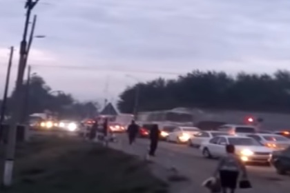 В Казахстане поезд протаранил автобус с людьми