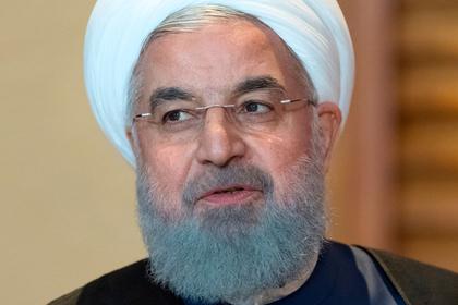 Президент Ирана назвал интервентами войска США в Сирии