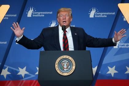 Трамп разрешил поддержать рынок нефтяными резервами США
