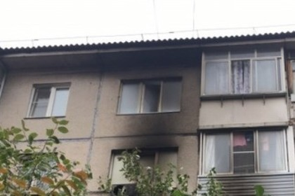 Названа предполагаемая причина смертельного пожара в российской пятиэтажке