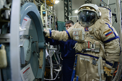Космонавтам задумали вернуть огнестрельное оружие