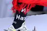 Летом 2018 года в коллаборации со спортивным брендом Reebok Vetements выпустили кроссовки, которые превзошли все ожидания поклонников бренда. Уродливые ботинки в стиле 1980-х с огромными дырками и здоровенными шипами мгновенно растопили сердца любителей уличной моды. Кроссовки еще не поступили в продажу, однако тем, кто их приобретет, не рекомендуется подходить близко к детям, животным и оказываться в местах большого скопления людей. Мало ли что...