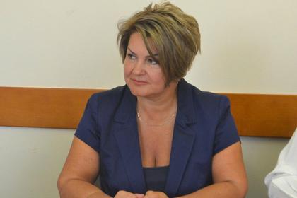 Возмутившая россиян купанием в «шоколадной» ванне чиновница извинилась