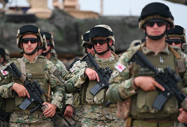 Грузинские военные принимают участие в совместных учениях