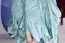 Ричард Мэлоун превратил своих моделей в плотно задрапированных в асимметричные складки ткани ангелов с ледяными невозмутимыми лицами.