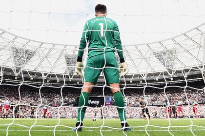 Сэйв польского вратаря «Вест Хэма» признан лучшим в пятом туре АПЛ