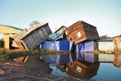 Пострадавшему от паводка иркутскому бизнесу выплатят компенсации