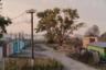 В объективе Лукьянова — еще один обыкновенный российский пейзаж, который, казалось бы, не должен вызывать удивления или восхищения. Похожие гаражи есть практически в каждом российском городе, а рядом с ними — непременно столб с линией электропередач, разбитая дорога и покосившийся забор. Мы можем не знать, где это находится, но по домам, столбам и окружающей природе узнаем Россию и чувствуем что-то родное. Умение найти эстетическое там, где понятие «эстетика» вроде бы неприменимо.