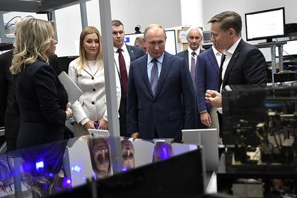 Путину показали возможности российских экзоскелетов