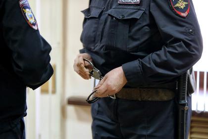 Россиянку заподозрили в желании расстрелять восьмерых приемных детей