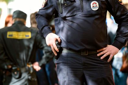 Московский полицейский открыл огонь по коллегам из-за взятки в две тысячи рублей