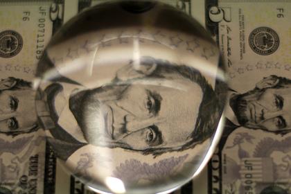 В США второй раз за месяц понизили базовую ставку