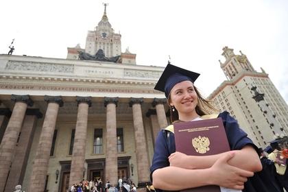 Российских выпускников стали реже брать на работу