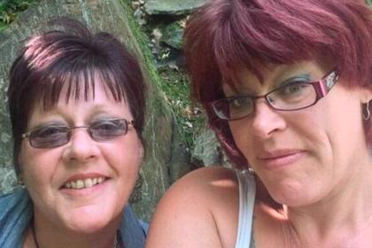 Сестры умерли в один день от одного диагноза