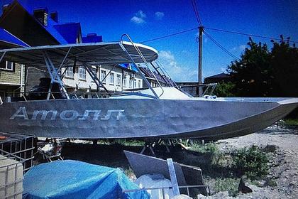 Владелец затонувшего под Туапсе катера с людьми скрылся