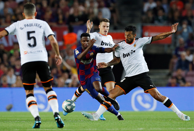 Ансу Фати в матче Ла Лиги
