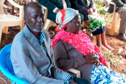 Бросивший жену и детей мужчина вернулся в семью спустя полвека