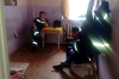 На рассказавшего о грязных матрасах российского врача пожаловались в полицию