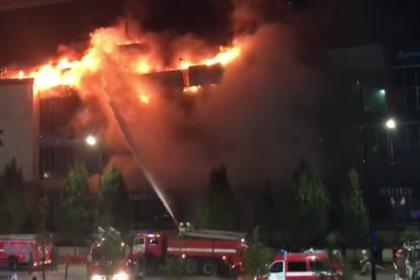 В Чечне сгорел торговый центр