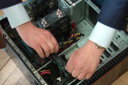 Прапорщик разобрал и распродал сотни компьютеров Академии ФСБ