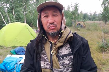 Шедшего к Путину шамана отправили в психбольницу