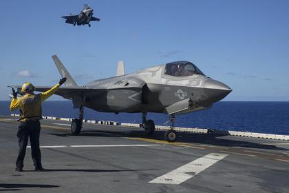 F-22 и F-35 свяжут «Вавилонской рыбкой»